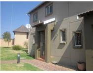 R 820 000 | Townhouse for sale in Greenstone Hill Johannesburg Gauteng
