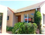 R 1 750 000 | Townhouse for sale in Douglasdale & Ext Sandton Gauteng