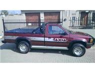 VERY CLEAN NISSAN HARDBODY 4X4 3.0 V6 MUST SEE