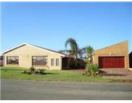 R 1 696 000 | House for sale in Wavecrest Jeffreys Bay Eastern Cape