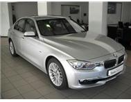 2012 BMW 320i Luxury Line A/T