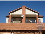 3 Bedroom 2 Bathroom Flat/Apartment for sale in Mooikloof Ridge