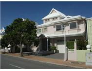 4 Bedroom duplex in Mossel Bay Central
