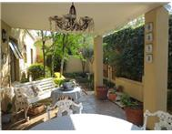 2 Bedroom Townhouse for sale in Swellendam