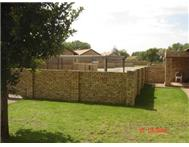R 820 000 | Townhouse for sale in Golf Park Midvaal Gauteng