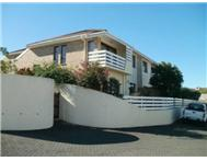 3 Bedroom 2 Bathroom House for sale in Beacon Bay