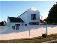 R 1 595 000 | House for sale in West Riding Blaauwberg Western Cape