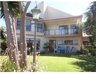 3 Bedroom house in Royal Alfred Marina
