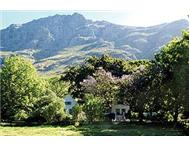 Small Holding For Sale in STELLENBOSCH STELLENBOSCH