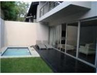 2 Bedroom Townhouse to rent in Illovo