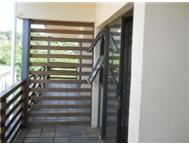 WINKLESPRUIT - 2 BED APARTMENT COMMUNAL POOL SEAVIEW - R5000