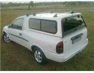 Bendigo Caravan Resort 2003 Self-Catering House Opel Opel Corsa Utility 1.6i Sport With Canopy