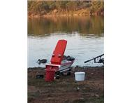 CARP KING - BAIT BOAT - WITH SPEED CONTROL AND FISH FINDER