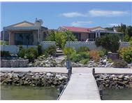 WATERFRONT HOUSE FLAT IN THE MAIN MARINA-PORT OWEN