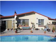 House to rent daily in DA NOVA MOSSEL BAY