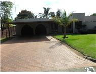 3 Bedroom house in Van Riebeeck Park