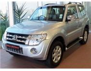 NEW Mitsubishi Pajero 3.2 DI-D GLS SWB R529 900 ON THE ROAD INCL
