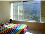 Spacious 2 Bedroom Apartment in Vredehoek