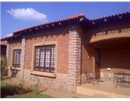 1 Bedroom Townhouse for sale in Dan Pienaar