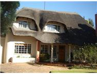 4 Bedroom House for sale in Buccleuch
