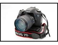 Brand new Canon EOS 7D with 28-135mm f/3.5-5.6 IS for R10 300