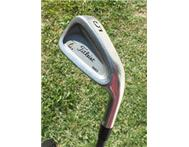 Golf club: Titleist 5-iron DCI 981