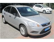 Ford - Focus 1.8 Ambiente Hatch Back