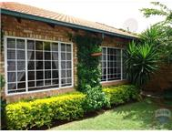 2 Bedroom Townhouse to rent in Highveld & Ext