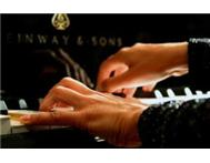 Fun Professional piano/keyboard lessons - we come to you