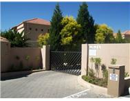 Townhouse to rent monthly in LONEHILL SANDTON