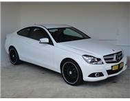 Mercedes Benz - C 180 (New Generation) Blue Efficiency Coupe