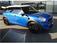 Mini Countryman AUTO 2010 (Panormaic sunroof) - R3900 x 60
