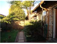 2 Bedroom 1 Bathroom Townhouse for sale in Parktown Estate