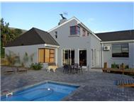 3 Bedroom House for sale in Plattekloof Ext 2