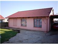 3 Bedroom house in Ext 2
