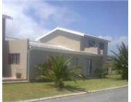 Spacious Holiday Home in Franskraal Gansbaai (SLEEPS 15)