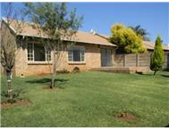 R 810 000 | Townhouse for sale in Wierda Glen Centurion Gauteng