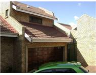 Cluster For Sale in NORTHCLIFF RANDBURG