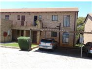 R 470 000 | Townhouse for sale in Honeydew Randburg Gauteng