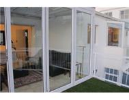 Furnished/Unfurnished in Vredehoek with balcony