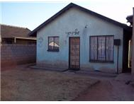 R 340 000 | House for sale in Doornkop Roodepoort Gauteng