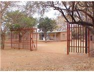 Smallholdings Bultfontein House & Flat: 8 5 ha
