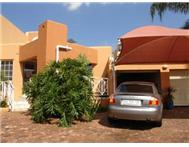 R 725 000 | Flat/Apartment for sale in Rangeview Ext 4 Krugersdorp Gauteng