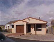 Bargain-Three bedroom house in Velddrif for sale!!
