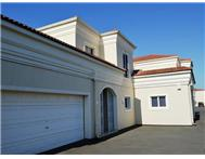 4 Bedroom Townhouse to rent in La Lucia Ridge