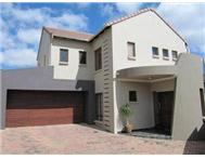 Cluster Pending Sale in MIDSTREAM ESTATE MIDRAND