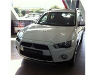 New Mitsubishi Outlander with R40000 trade assist