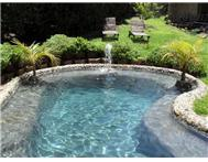 Swimming pools by Sandstone pools