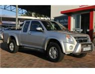 ISUZU KB300D-TEQ E/CAB OWN IT FROM ONLY R5200pm