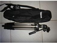 Velbon Pro Tripod and bag